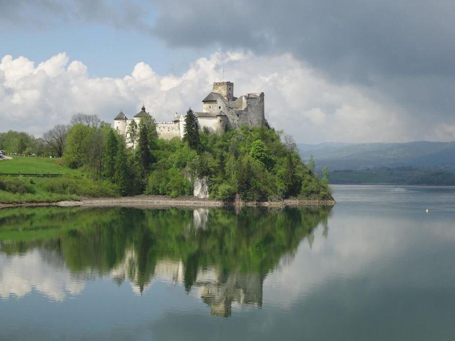 zamek-w-niedzicy-1240x930 Zamek w Niedzicy Turystyka Zamki