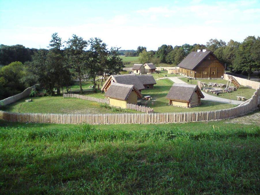 giecz-osada-piastowska Giecz, osada piastowska Dawne dzieje Turystyka