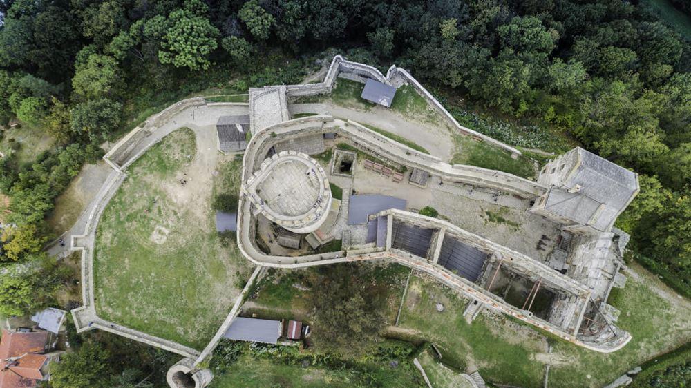 Bolków panorama na zamek z lotu ptaka