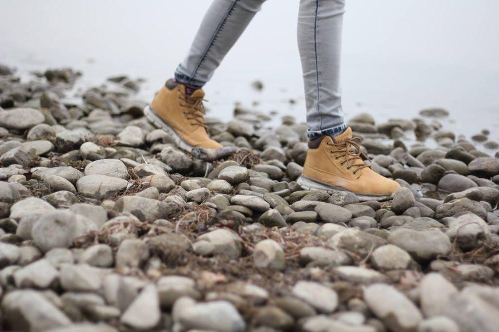 Buty trekkingowe dlaczego warto je mieć swojej szafie