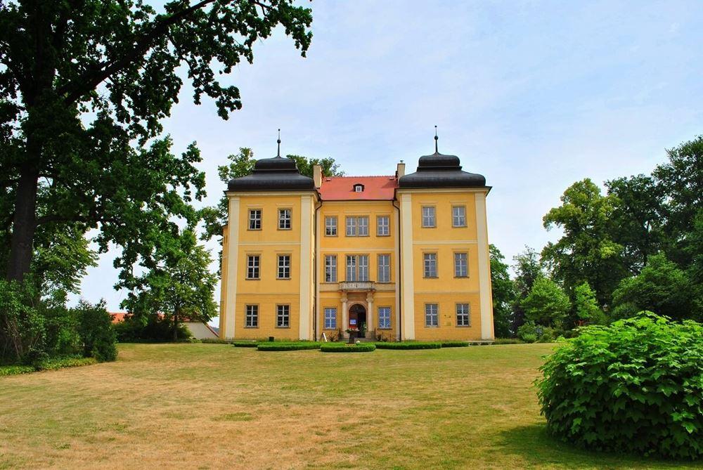 Łomnica Pałac